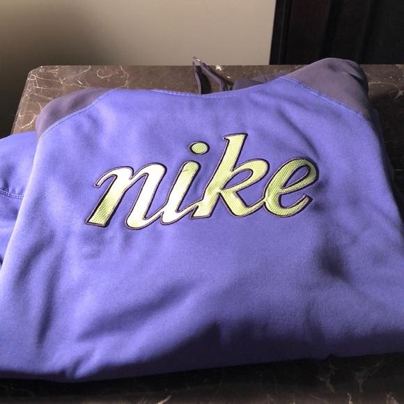 Nike Tops - Nike hoodie